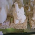 Elefantino in polvere di pietra leccese bomboniera portafortuna adatta alla nascita e battesimo