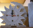 Sun and moon clock with a support base carparo